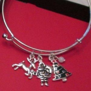 Jewelry - Christmas Charm Bracelet